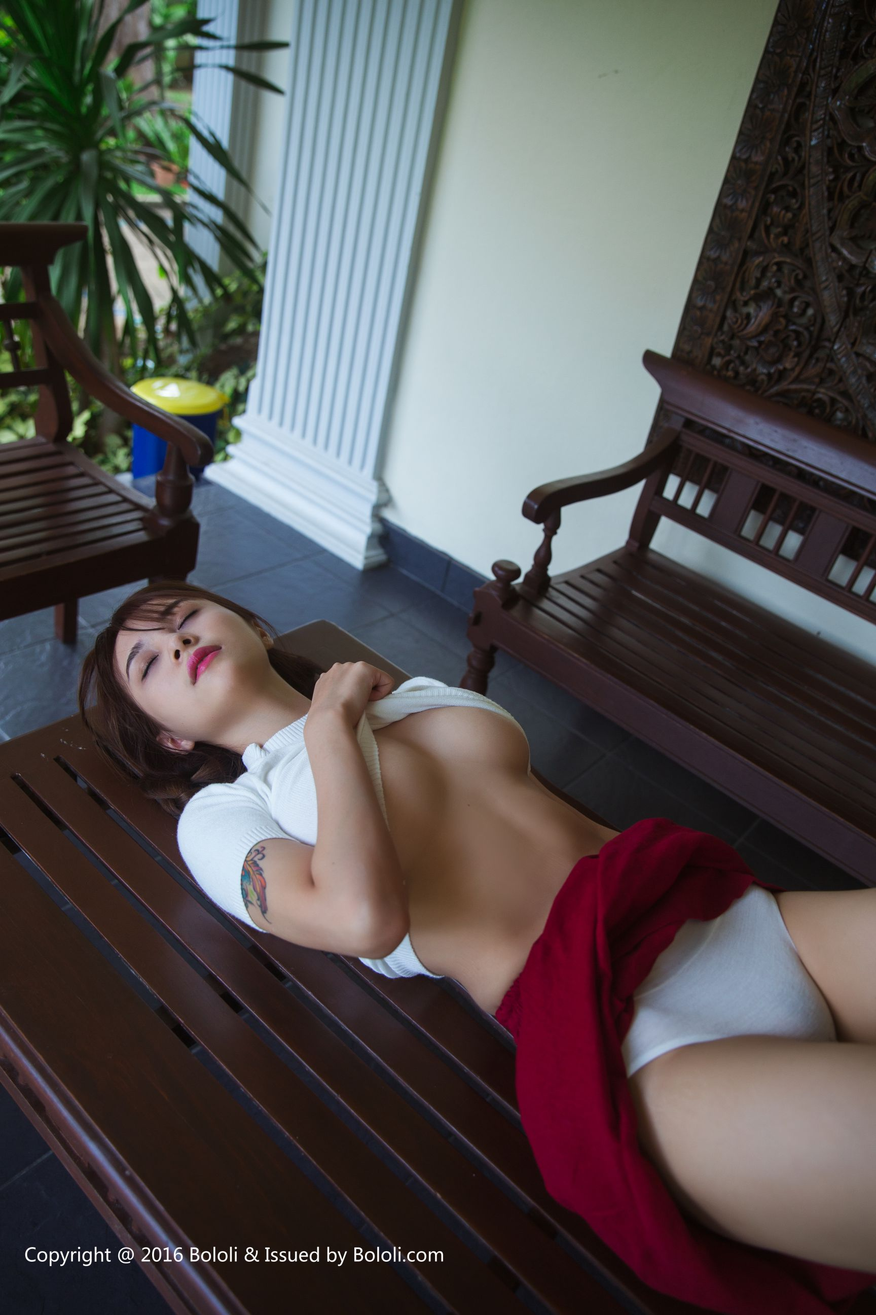 [BoLoLi波萝社] BOL002 夏美酱 普吉岛丝袜美图[40P]