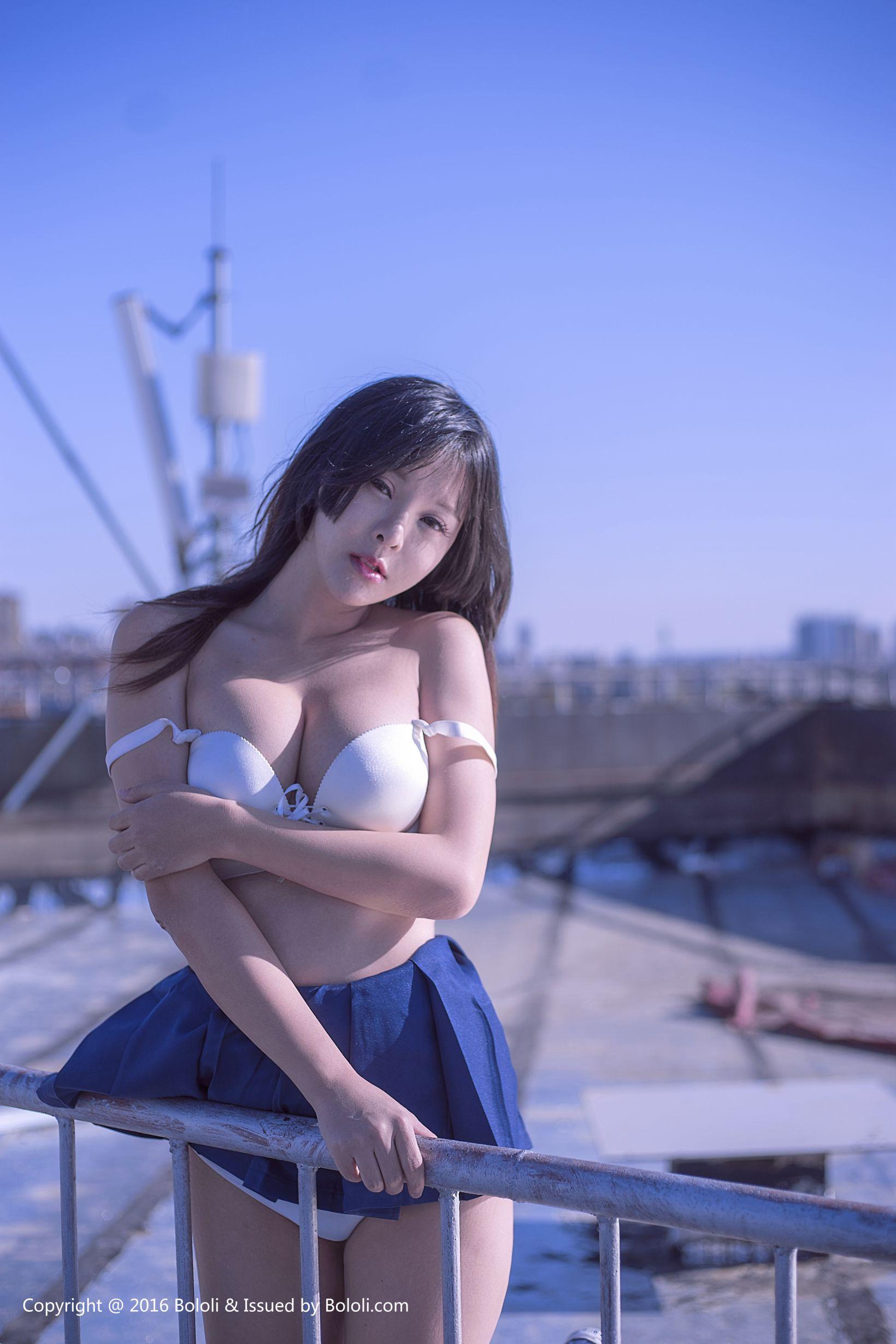 [BoLoLi波萝社] BOL055 菟菟Victoria - 菟菟的JK诱惑 丝袜美图图片[40P]