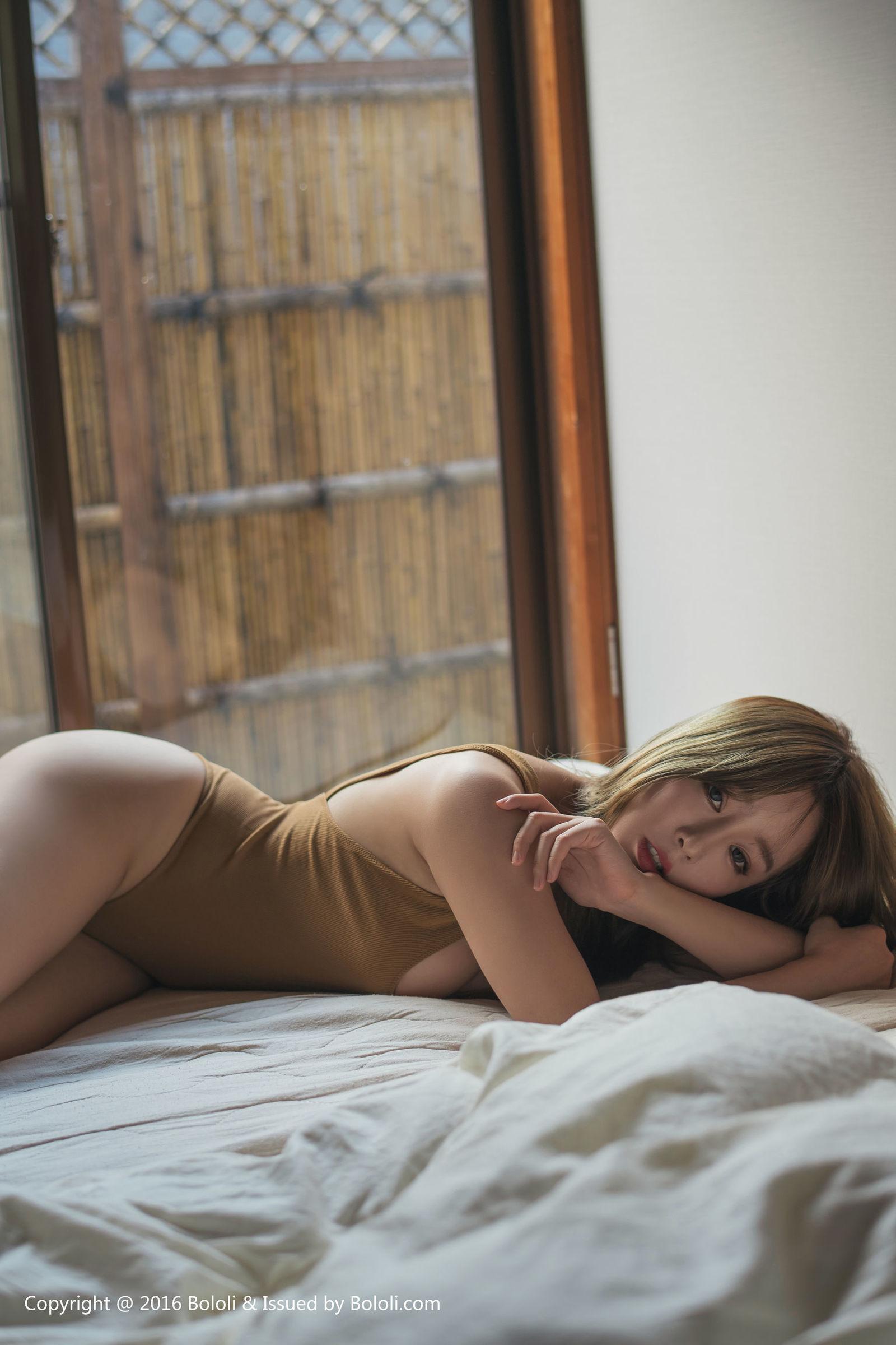 [Bololi波萝社] BOL.086 王雨纯 - 诱惑の红唇 丝袜美图[54P]