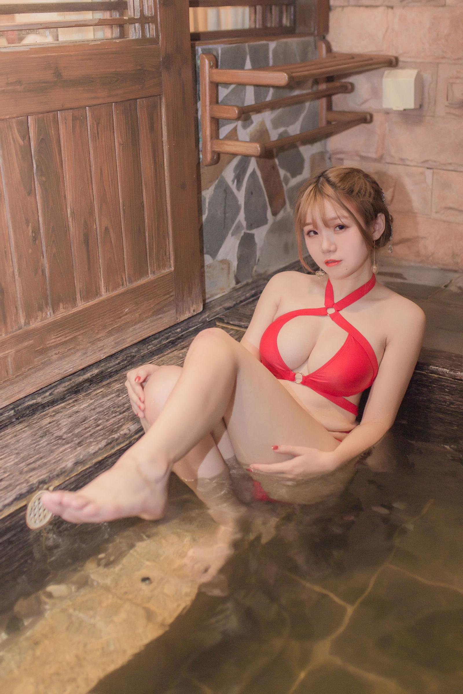 [网红COSER] Yoko宅夏Cos – 妹汤物语(泳装) 丝袜美图[55P]