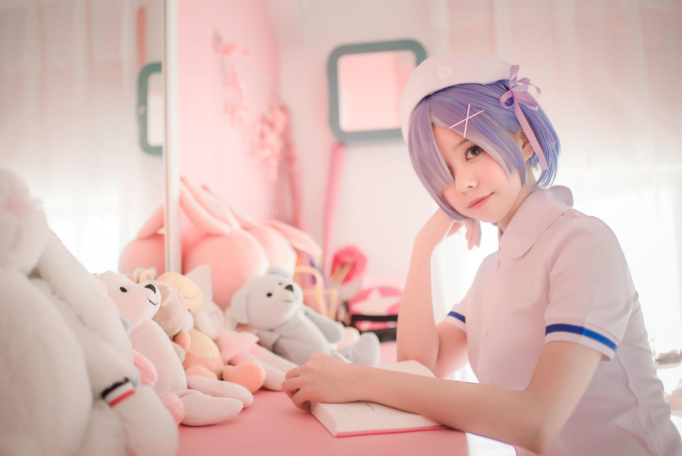 [萌妹子Coser] 小野妹子w - 白色纱裙+蕾姆护士+蕾姆兔女郎 [30P]