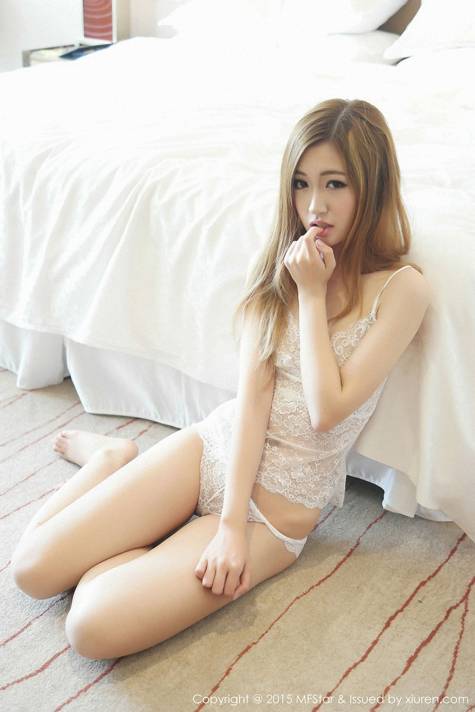 [MFStar模范学院] Vol.008 沈梦瑶 - 私房丝袜美图[42P]