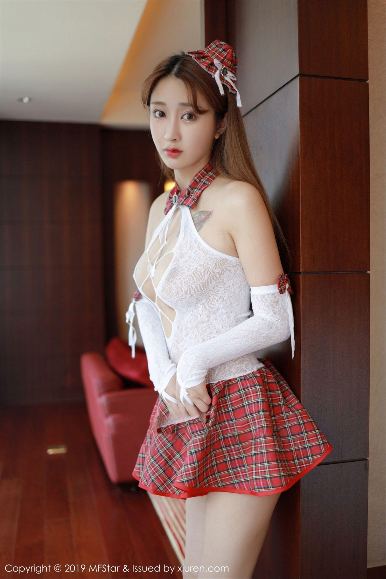 [MFStar模范学院] Vol.208 模特@Betty林子欣 - 学生制服[43P]