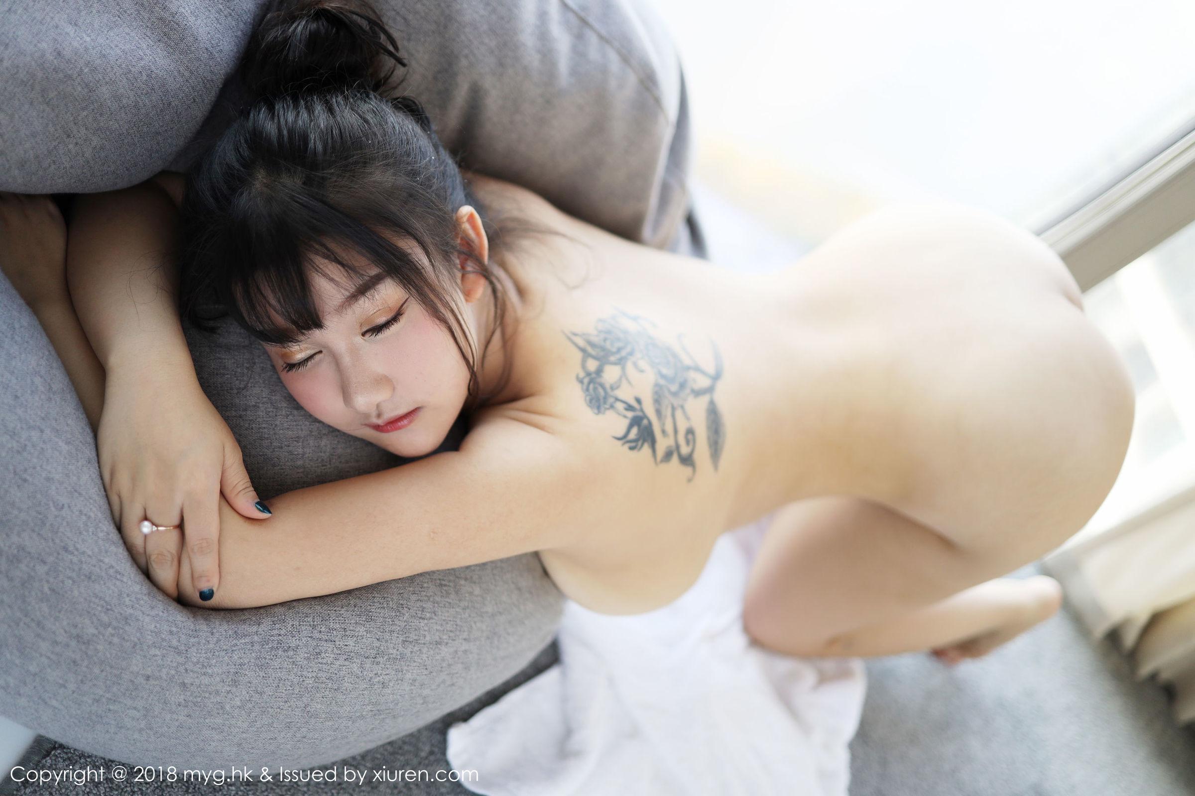 [MyGirl美媛馆] Vol.331 小尤奈 - 大尺度人体福利[34P]
