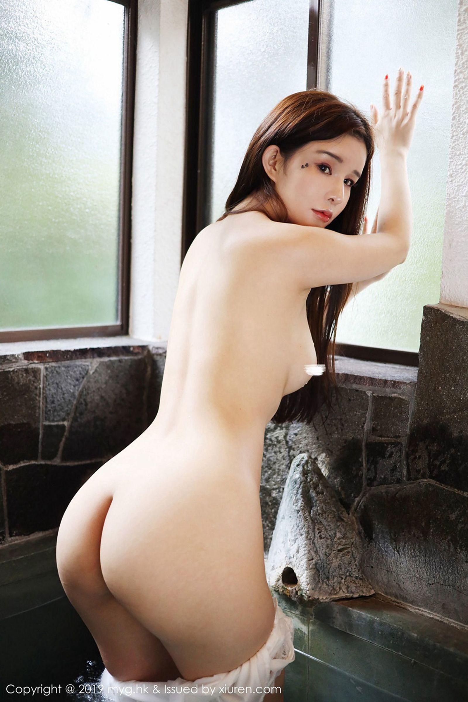 [MyGirl美媛馆] Vol.344 模特@张雨萌性感湿身丝袜美图[38P]