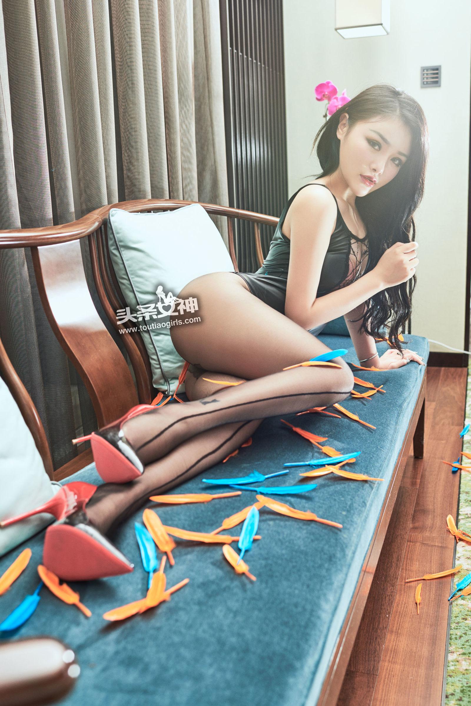 [Toutiaogirls头条女神] 陈宇曦 - 黑丝湿乐园 [24P]