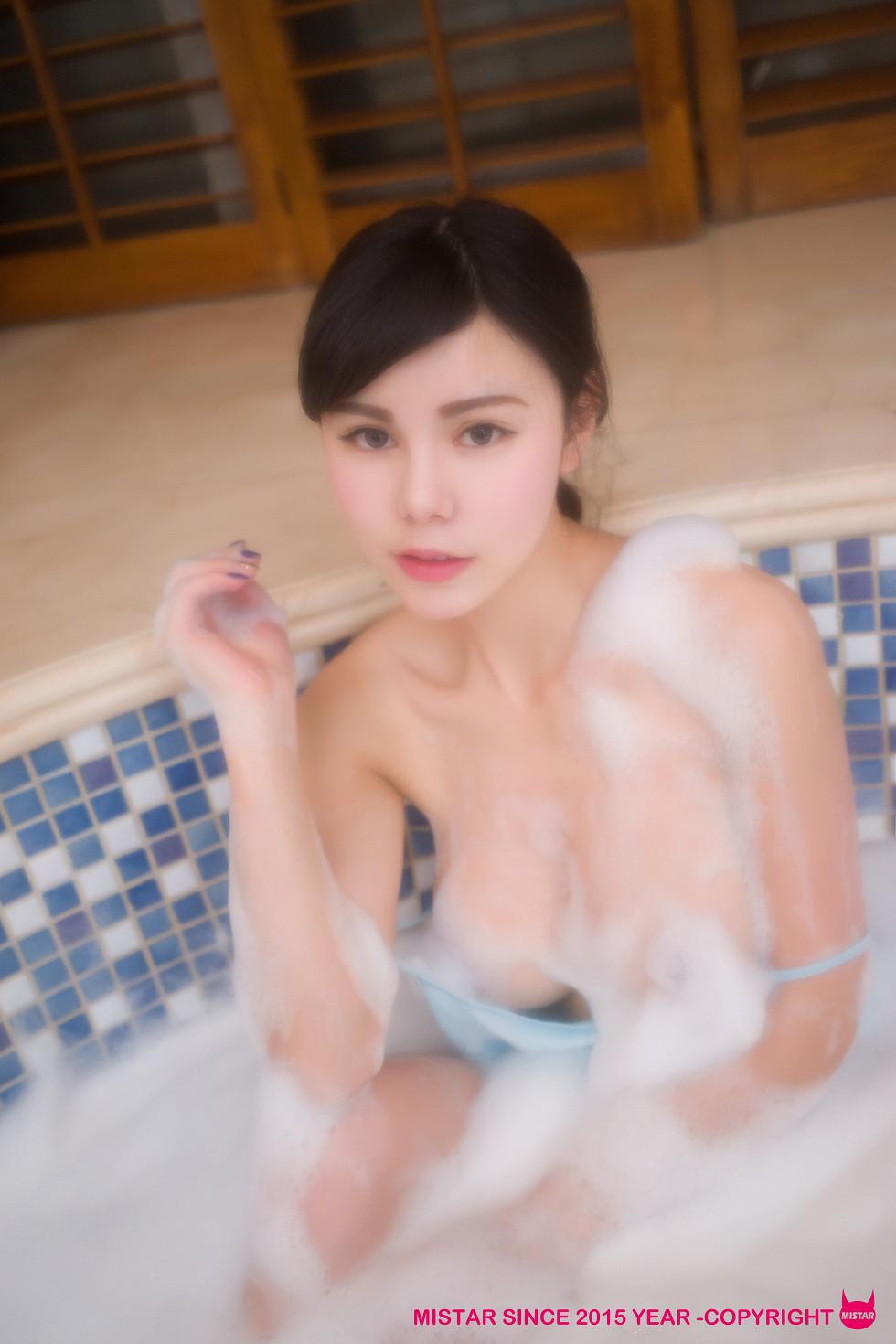 魅妍社嫩模沈佳熹《恋の春天》大尺度全裸人体艺术诱惑写真70P