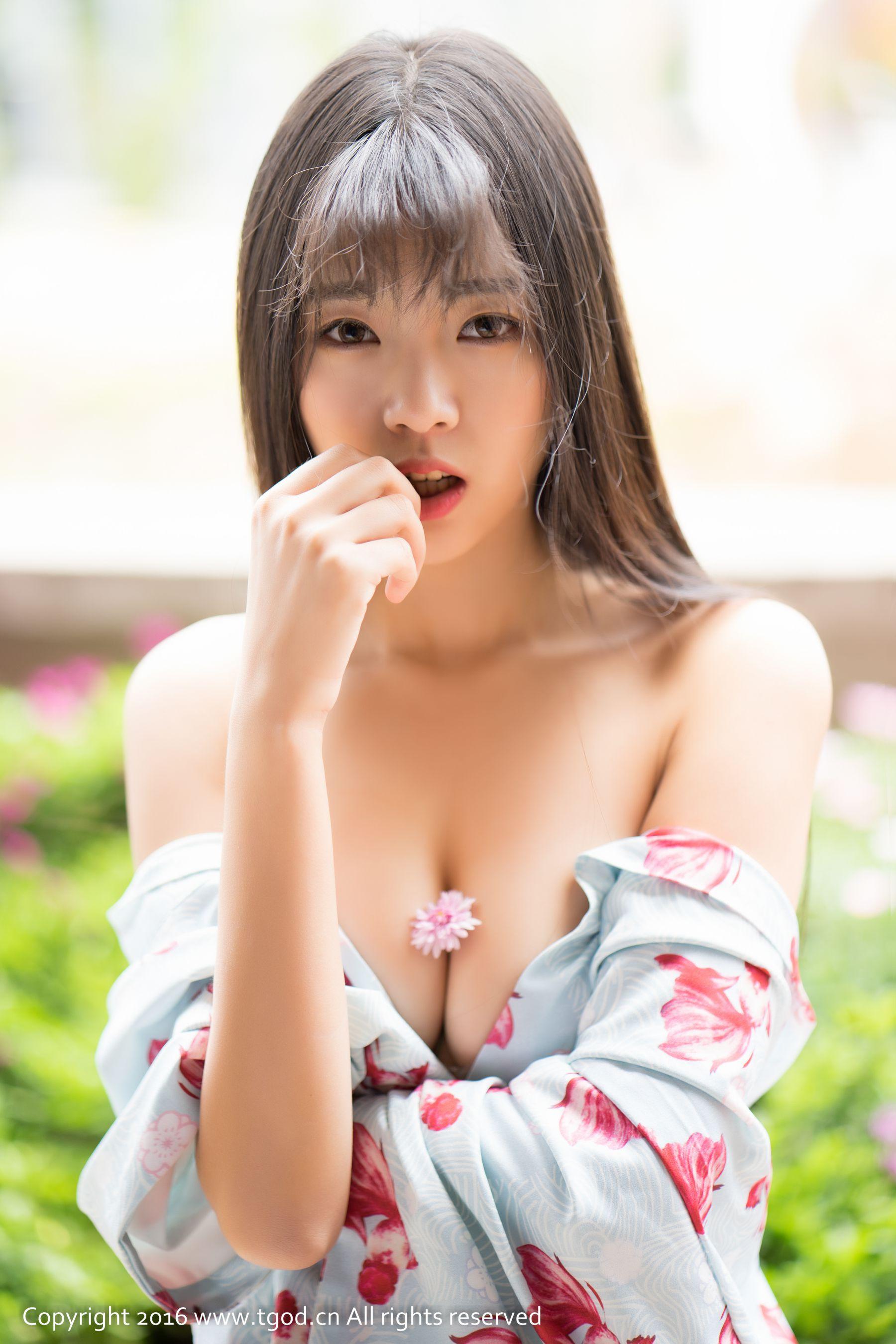 [尤蜜荟] 可乐Vicky 大理旅拍 第二刊 ~ [40P]