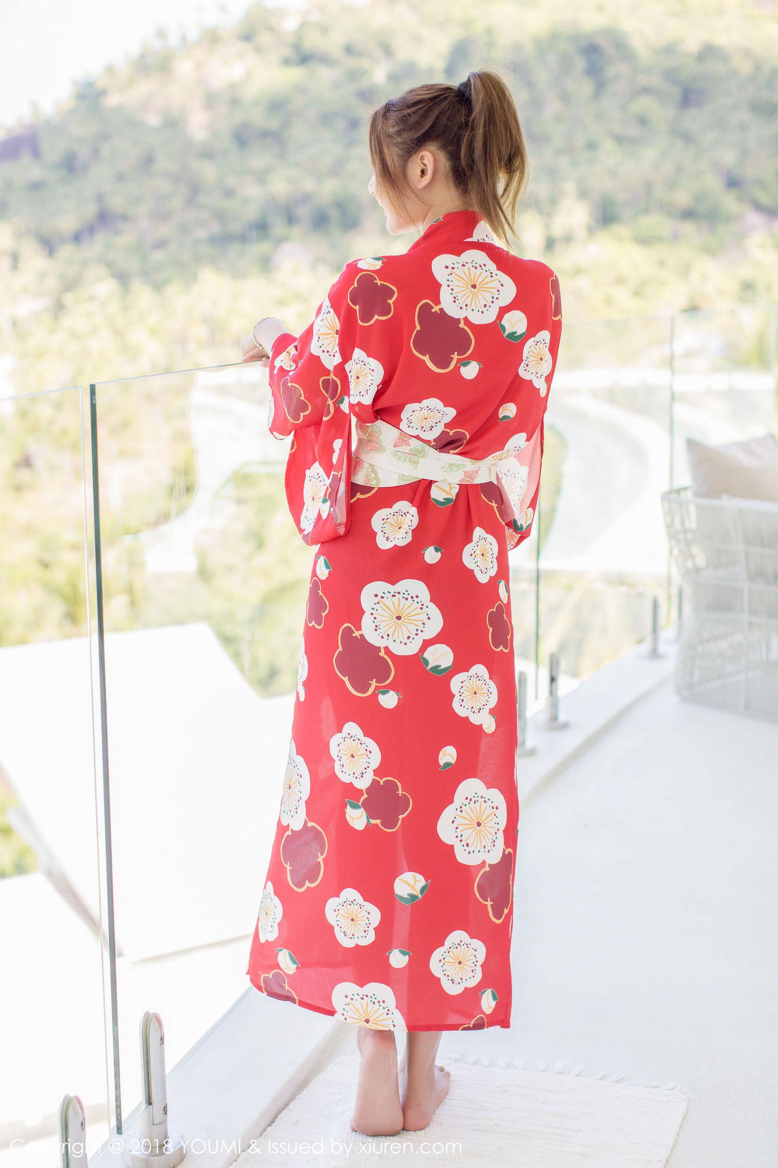[YouMi尤蜜荟] Vol.167 女神@SOLO-尹菲苏梅岛旅拍丝袜美图[49P]