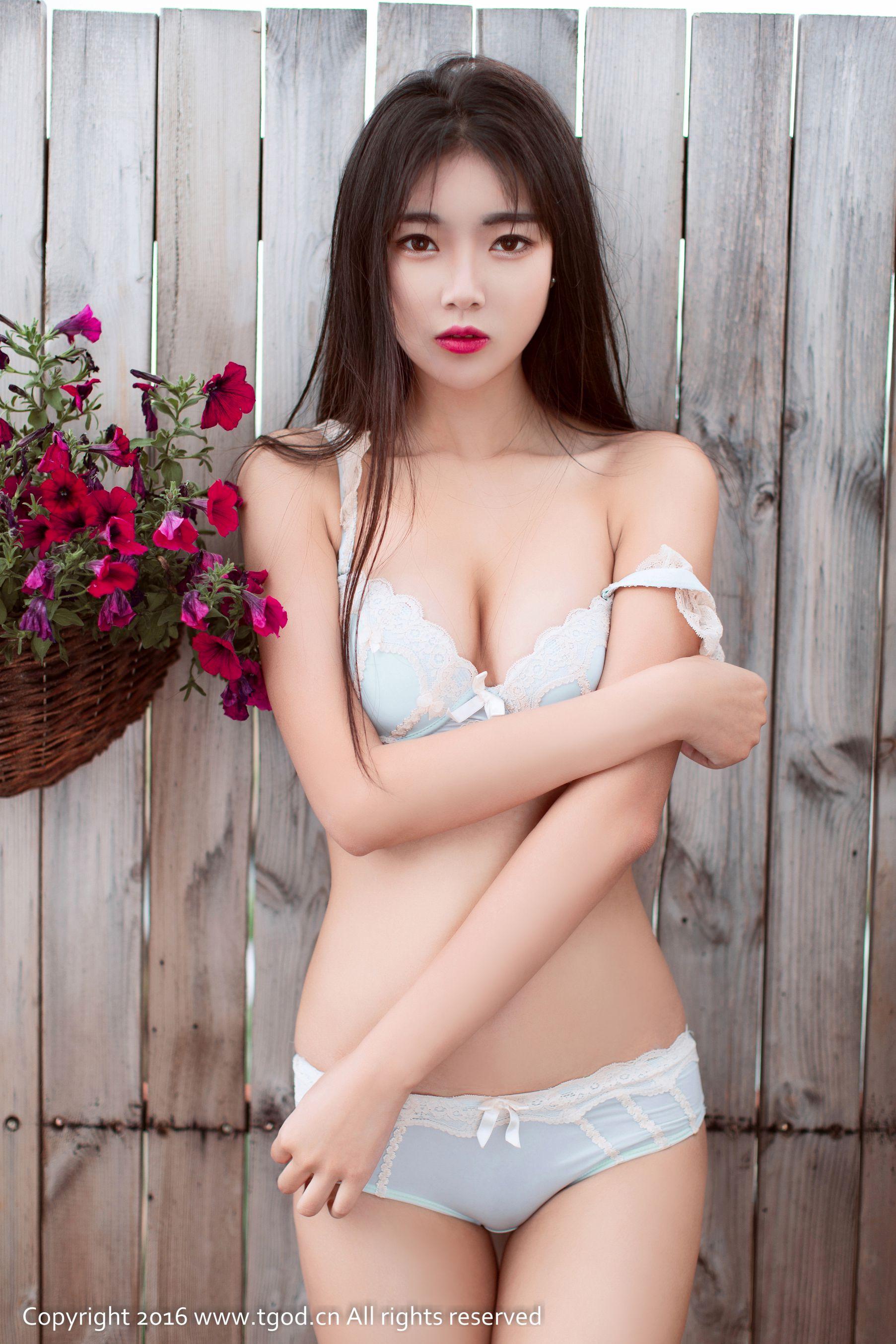 [尤蜜荟] 可乐Vicky 大理旅拍 第一刊 ~[45P]