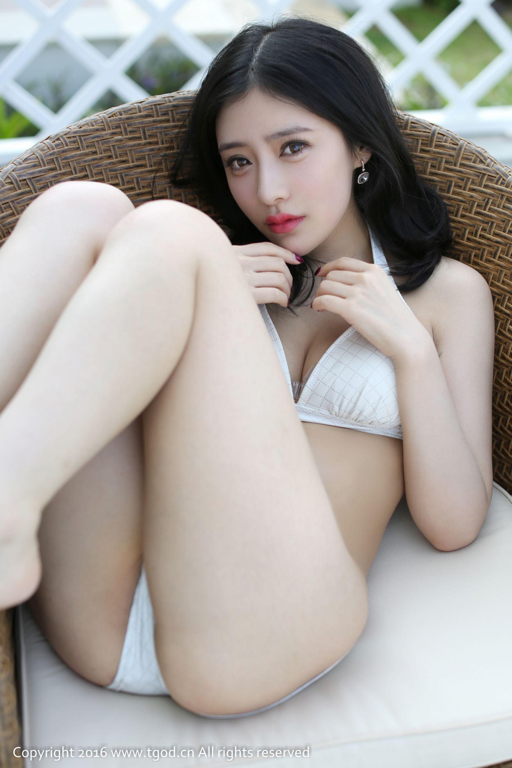 [尤蜜荟] 施忆佳KITTY酱  《芽庄旅拍》 第二刊 ~[41P]