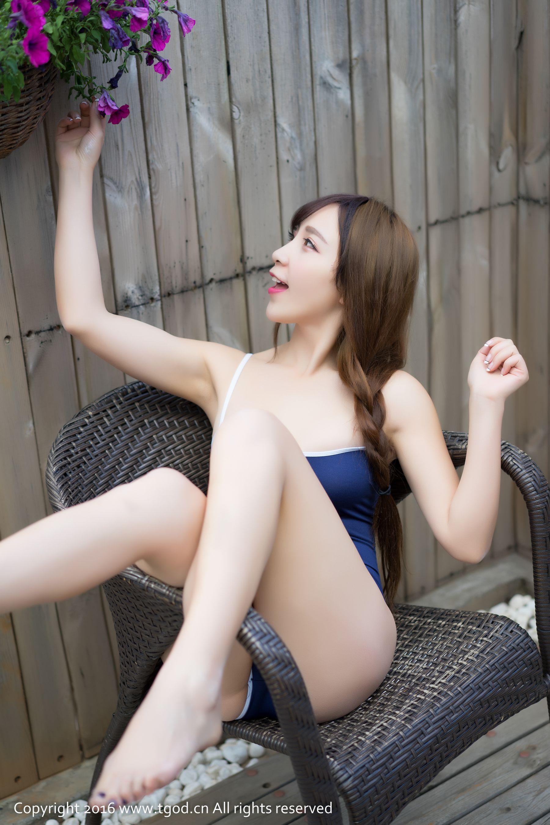 [尤蜜荟] 歆小兔chobits 《大理旅拍》 第一刊 ~ [40P]