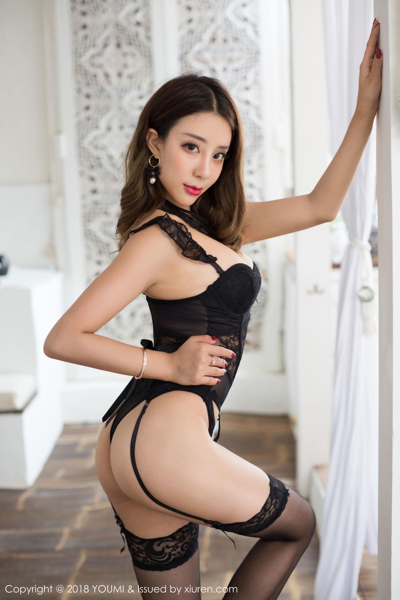 [YouMi尤蜜荟] Vol.170 模特@筱慧icon - 苏梅岛旅拍第五套丝袜美图[39P]