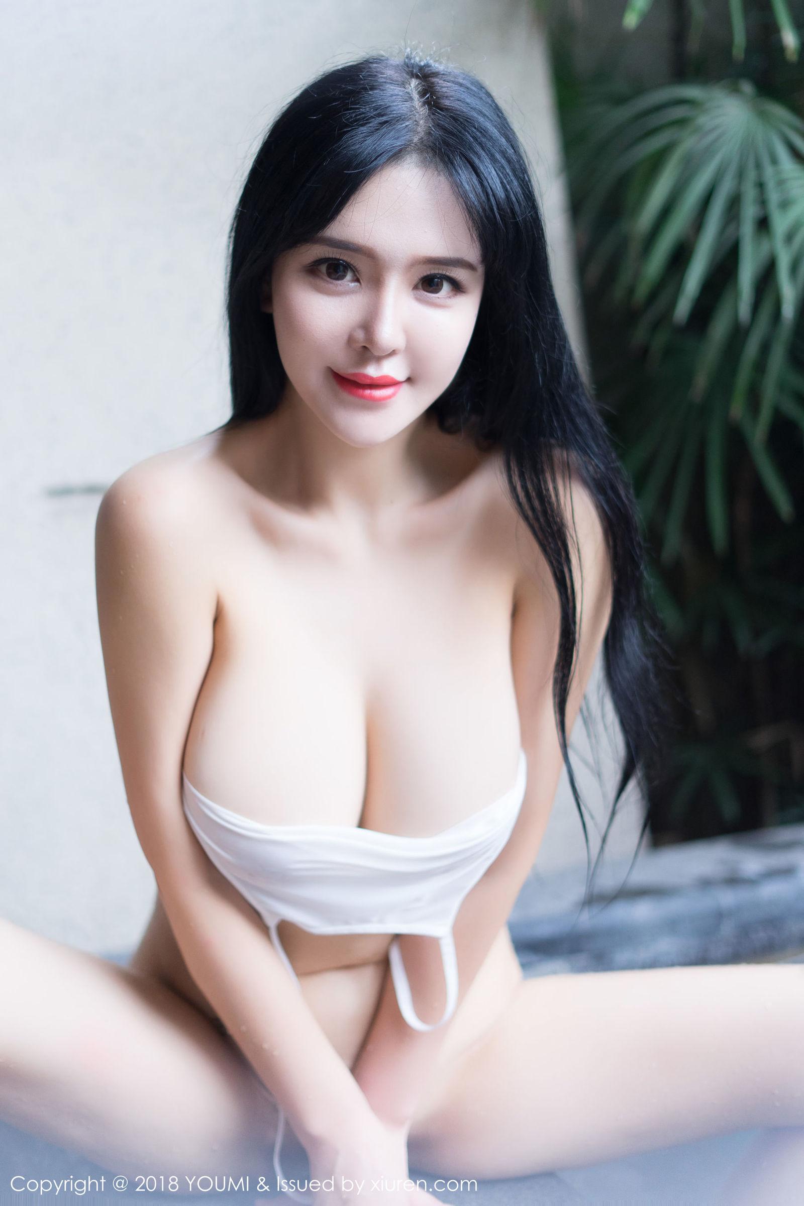 [YouMi尤蜜荟] Vol.189 女神@刘钰儿浴池湿身丝袜美图[36P]